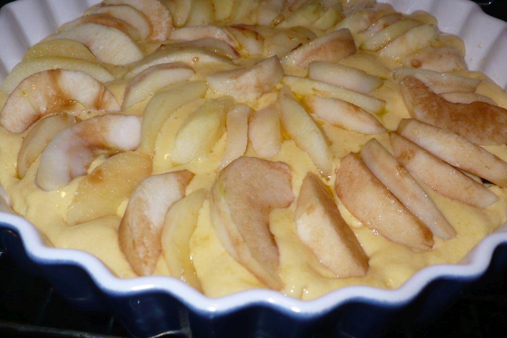 Szybkie Ciasto Drożdżowe z Jabłkami Szybkie Ciasto z Jabłkami