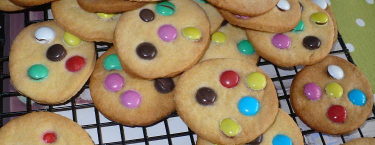 Ciasteczka z m&m