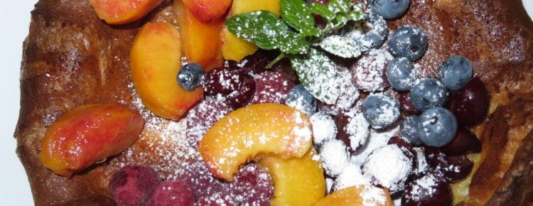 Dutch Baby, czyli mega naleśnik z owocami