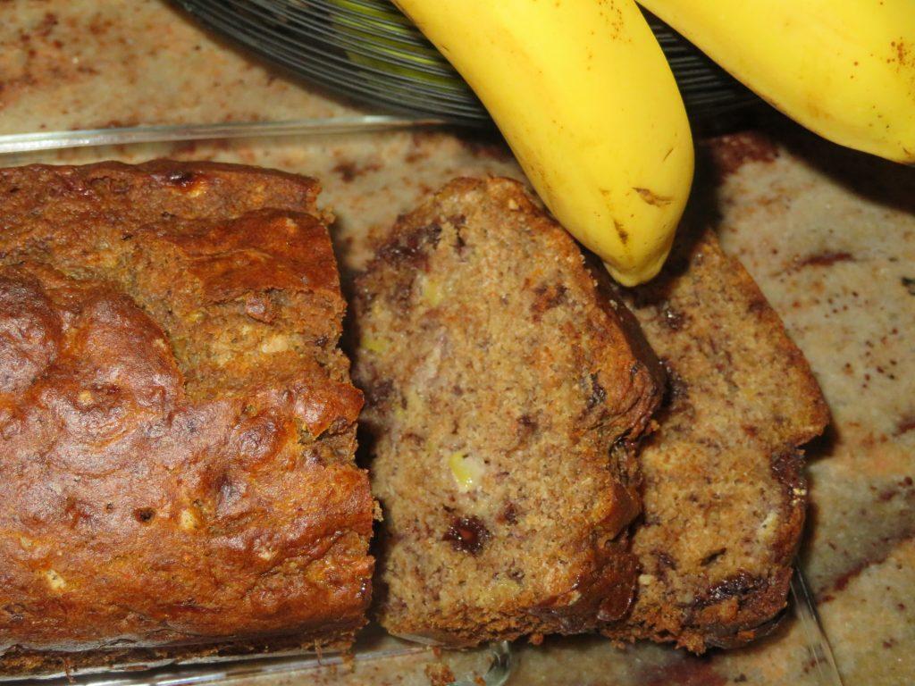 Ciasto bananowe z czekoladą.
